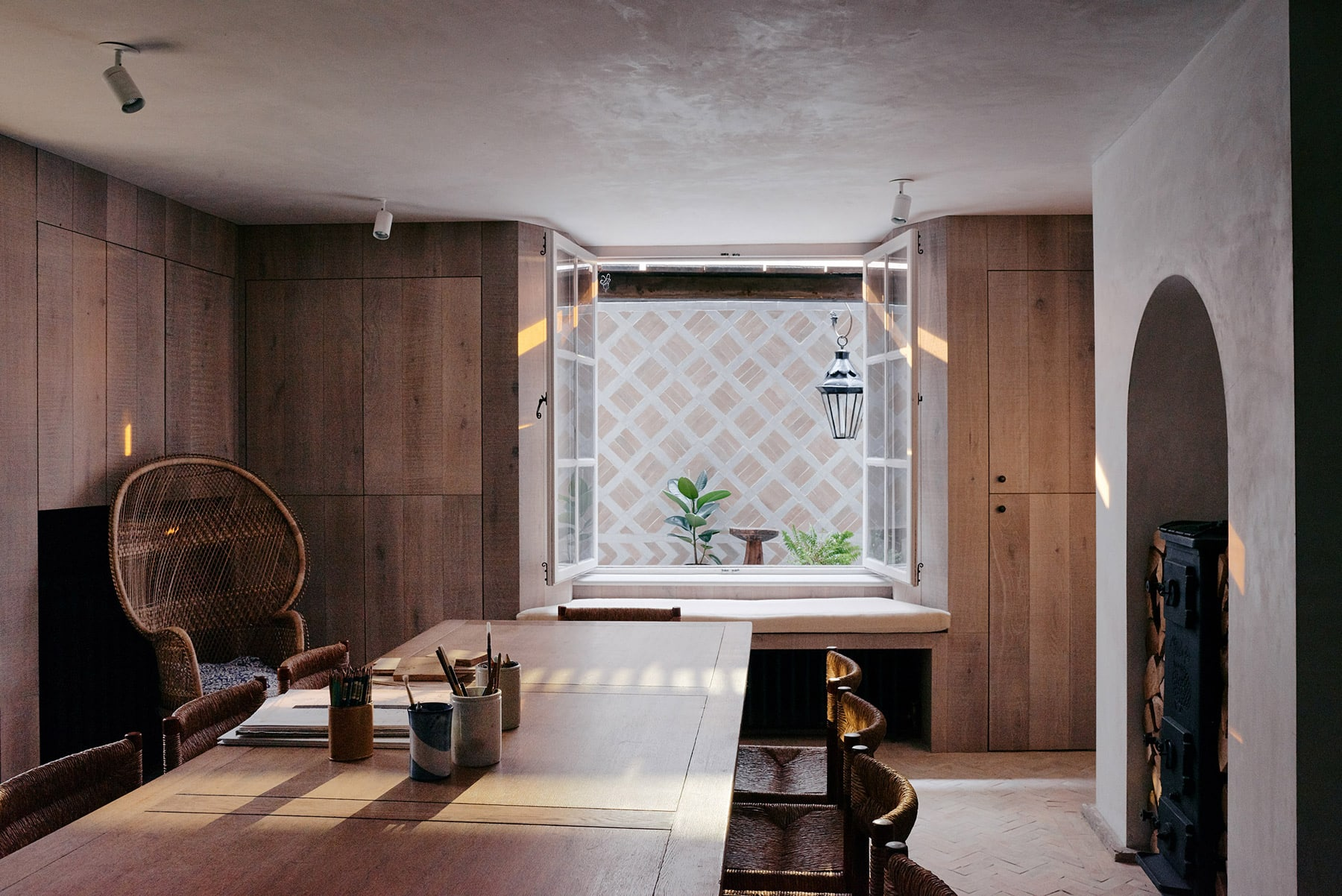 The Weavers House by Chan and Eayrs
